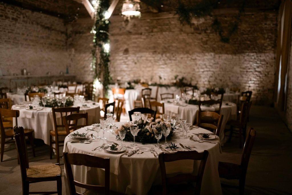 decor salle mariage feuillage vegetal naturel sauvage poetique organique no floral foam